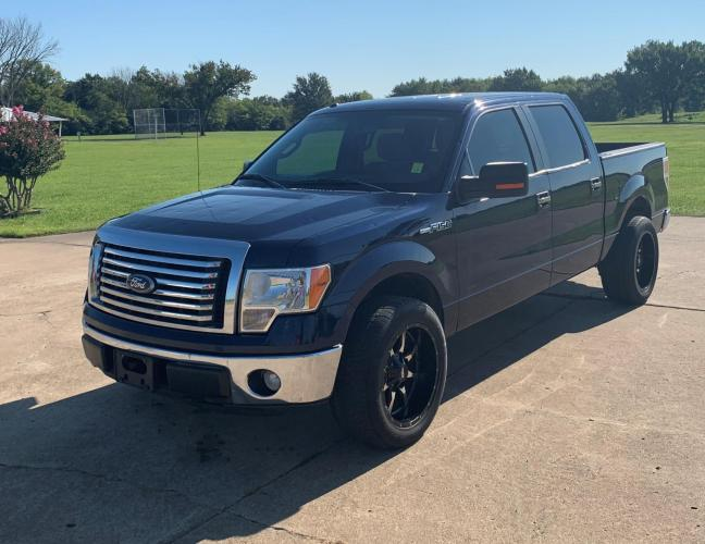 2010 BLUE /GRAY Ford F-150 SuperCrew 5.5-ft. Bed 2WD (1FTEW1C80AF) with an 4.6L V8 SOHC 24V engine, 4-Speed Automatic transmission, located at 17760 Hwy 62, Morris, OK, 74445, (918) 733-4887, 35.609104, -95.877060 - Photo #1