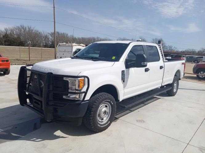 2017 Ford F-250 SD Crew Cab 4WD BI-FUEL